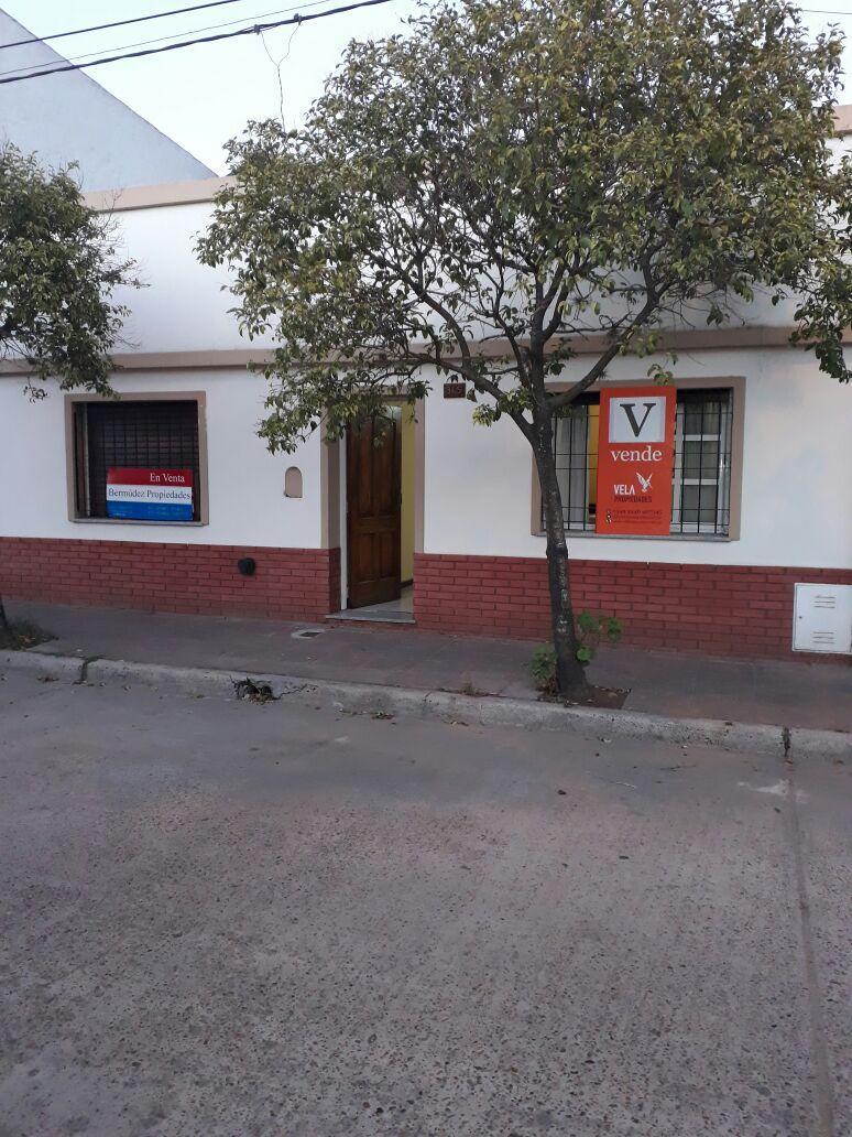 Casa en Aguado 375