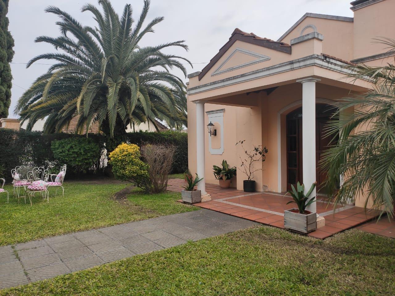 Casa en Venta- Barrio Palma